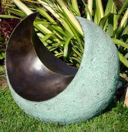 contemporary-bronze-resin-main