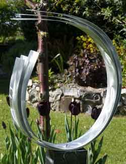 silver metal garden sculpture - main