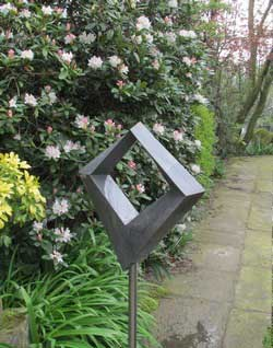 Contemporary garden art - main