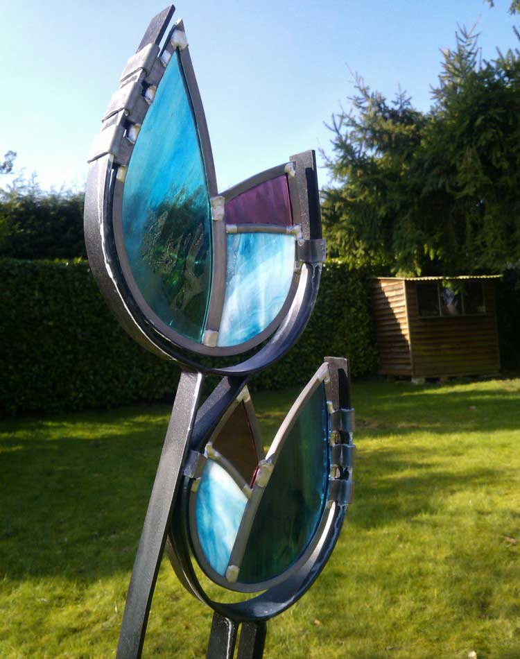 Contemporary Garden Sculpture from British Artists in Glass and Steel