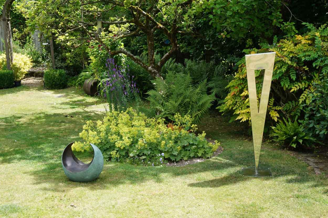 Garden Sculpture Ideas from FiveTwo - Contact Details and Customer ...